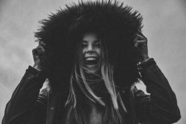 笑顔効果でヘルシーに!精神衛生を良好に保つ「笑いの威力と効果」を求めて